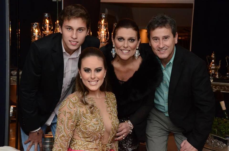 Rodolfo Richter, Jéssica Richter, Maristela Richter e o aniversariante Josmar Richter.